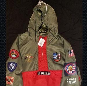 Pullover zip-up Parka *NEW*
